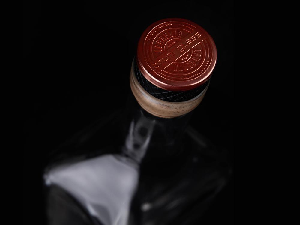 PHILIPPE bottle + IRONHEAD closure