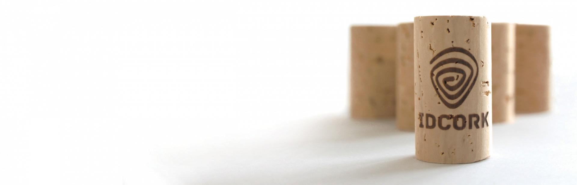 Tappo a raso in sughero naturale Labrenta con sistema di identificazione Idcork